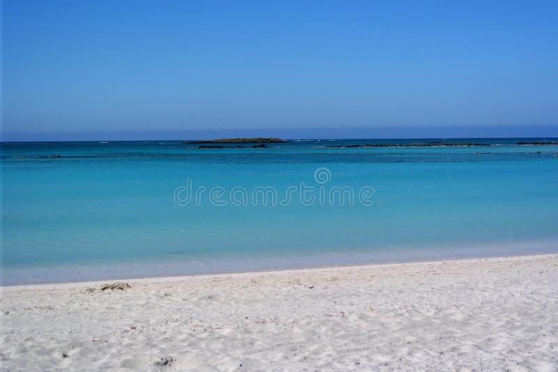 Пляж Elafonissos, Крит, Греция стоковые изображения rf