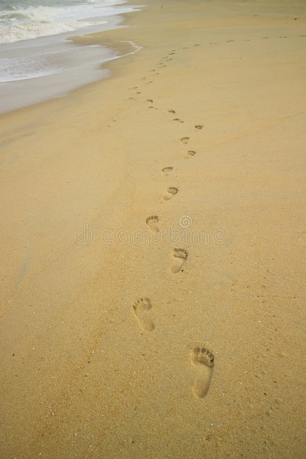 пляж foots шаги стоковое изображение rf