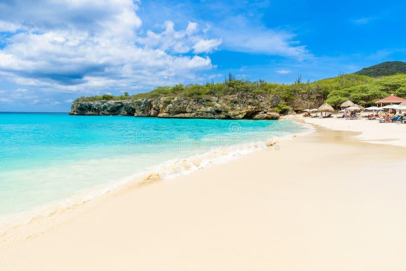 Пляж Grote Knip, Curacao, Нидерландские Антильские острова - пляж рая стоковые изображения rf