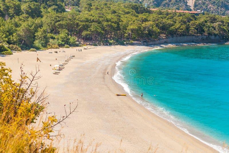 Пляж Kidrak в Oludeniz, Fethiye в Турции стоковая фотография rf