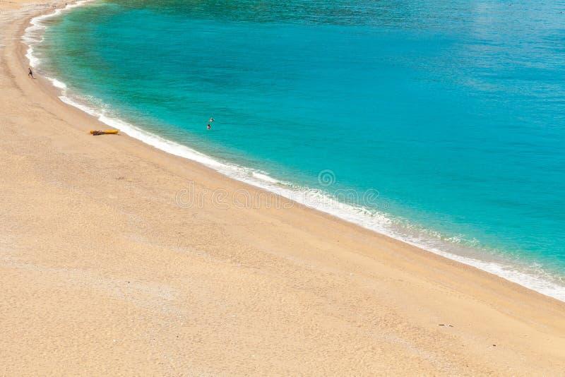 Пляж Kidrak в Oludeniz, Fethiye в Турции стоковое изображение