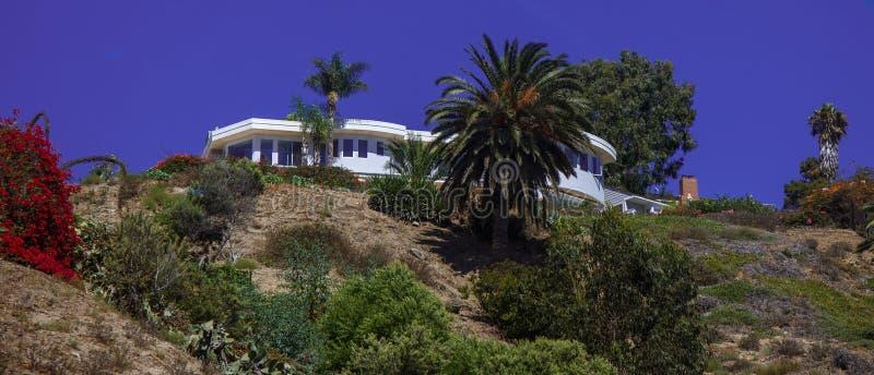 Пляж Malibu & дом мечты приходят верно стоковая фотография rf