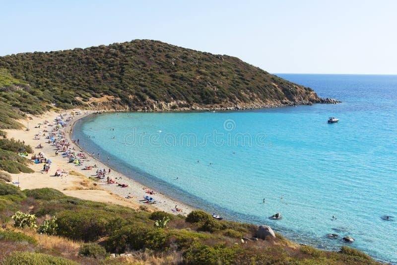 Пляж Mari Pintau di Spiaggia в Сардинии, Италии стоковые изображения