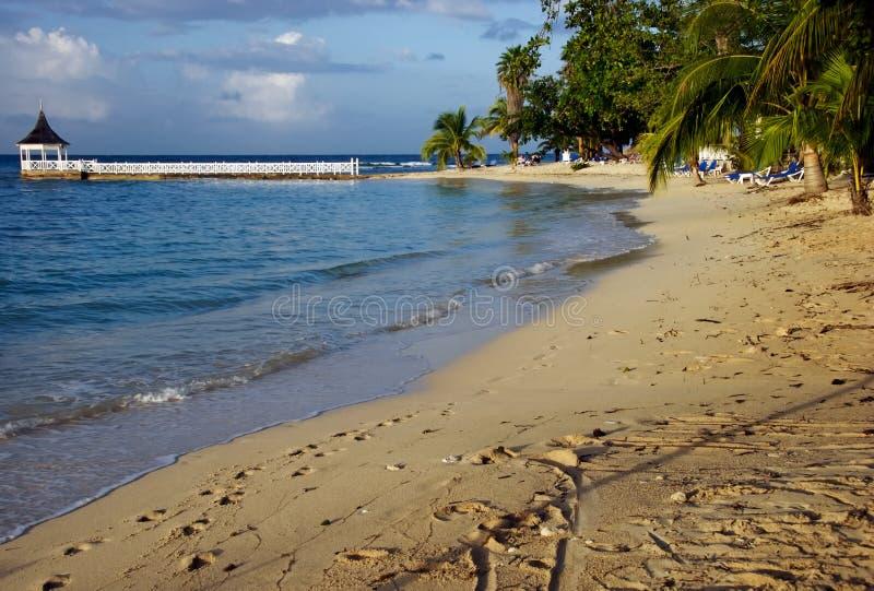 пляж montego залива стоковые изображения rf