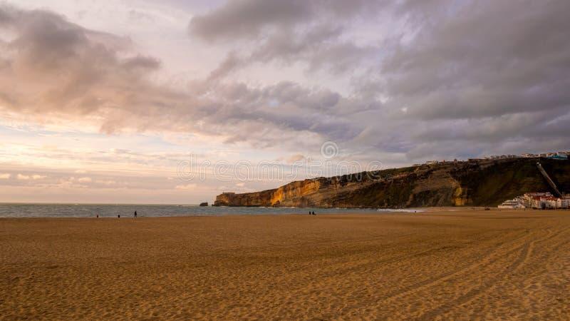 Пляж Nazare стоковые фотографии rf