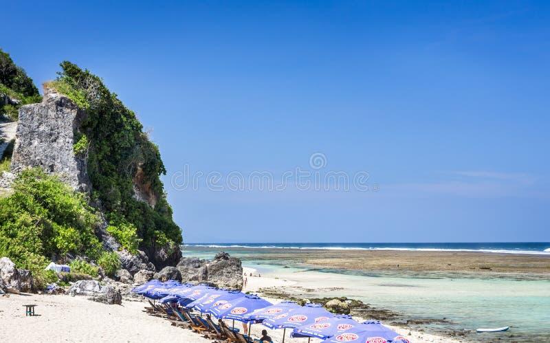 Пляж Pantai Pandawa на острове Бали стоковые фото