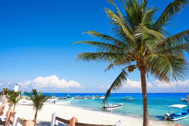 Пляж Puerto Morelos в Майя Ривьеры стоковая фотография