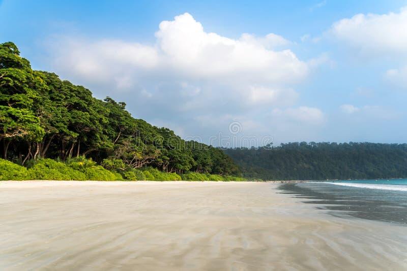 Пляж Radhanagar на острове Andaman и Nicobar, Индии стоковые изображения