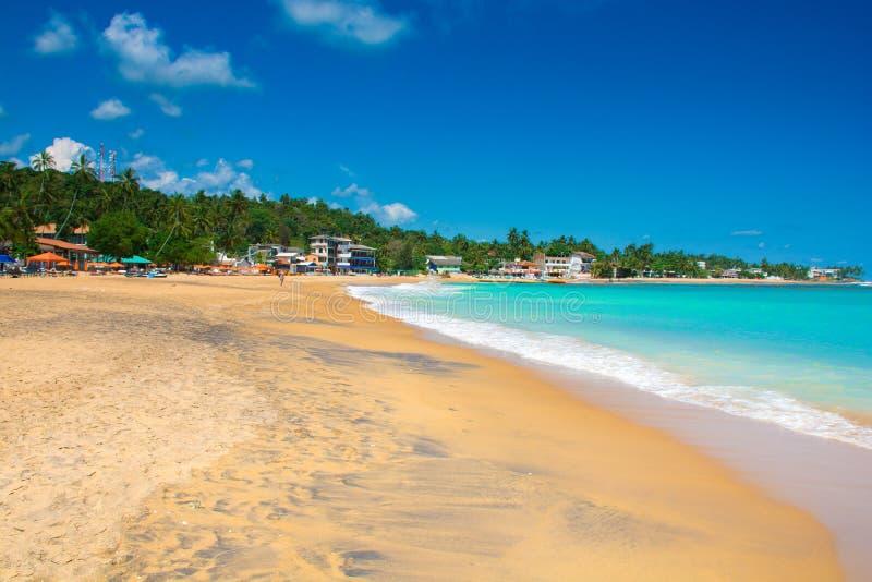 Пляж Unawatuna красивый в Шри-Ланка стоковые фото