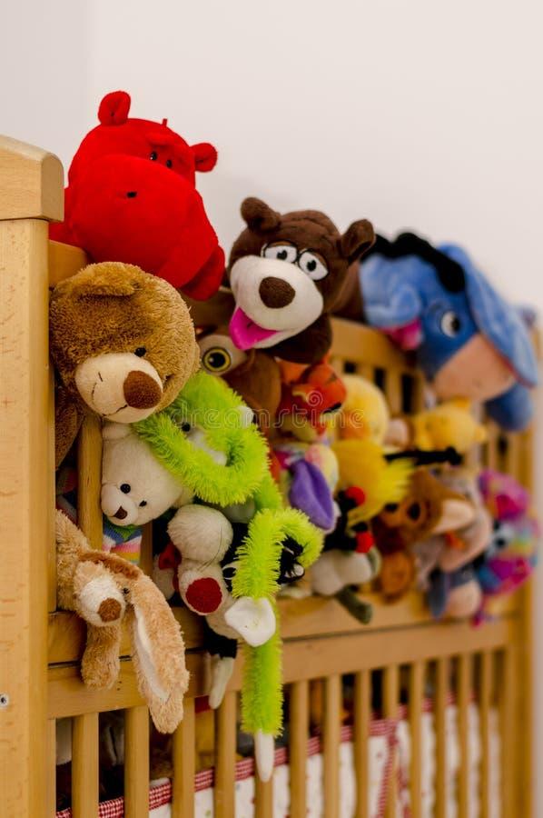 Побегите отсутствующие игрушки стоковые фото