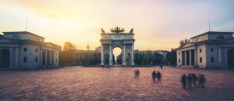Побежка della Arco в Милане, Италии стоковая фотография