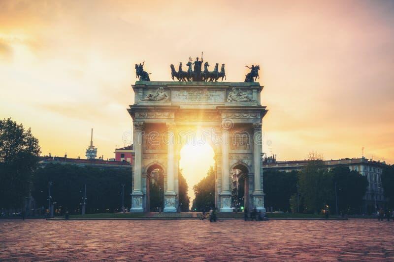 Побежка della Arco в Милане, Италии стоковое изображение rf