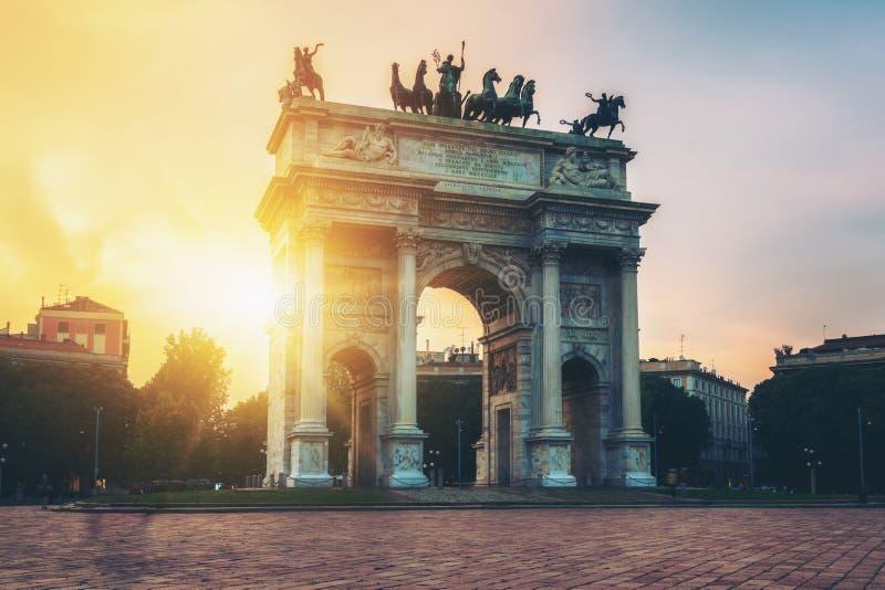 Побежка della Arco в Милане, Италии стоковые фото