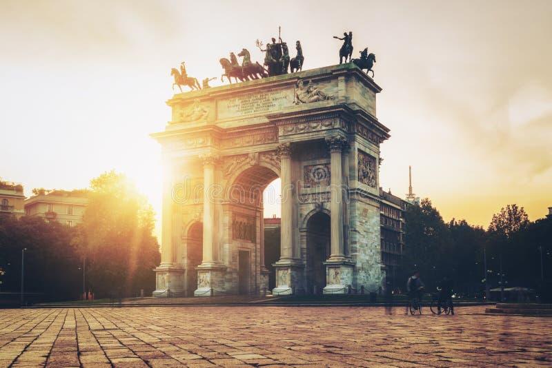 Побежка della Arco в Милане, Италии стоковое фото