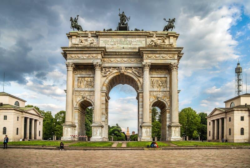 Побежка della Arco в Милане стоковое фото