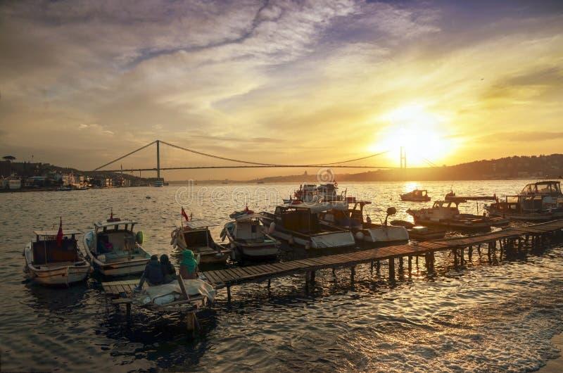 Побережье захода солнца Стамбула Bosphorus стоковая фотография