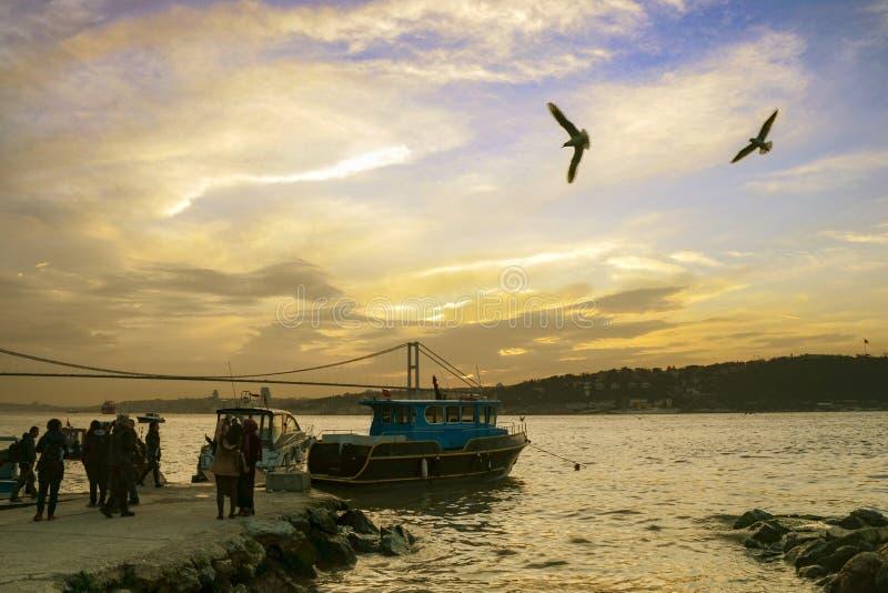 Побережье захода солнца Стамбула Bosphorus стоковые фото