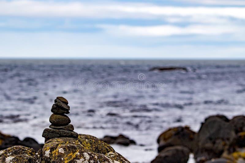Побережье Ирландии и океана стоковые изображения rf