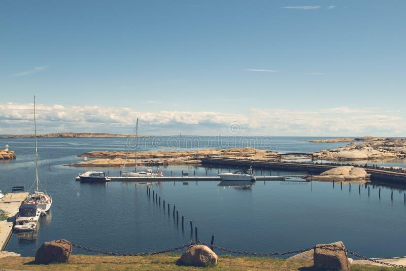 Побережье на Verdens Ende, Норвегии стоковое изображение