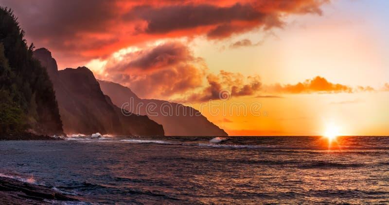 Побережье Napali в Гавайских островах стоковое изображение