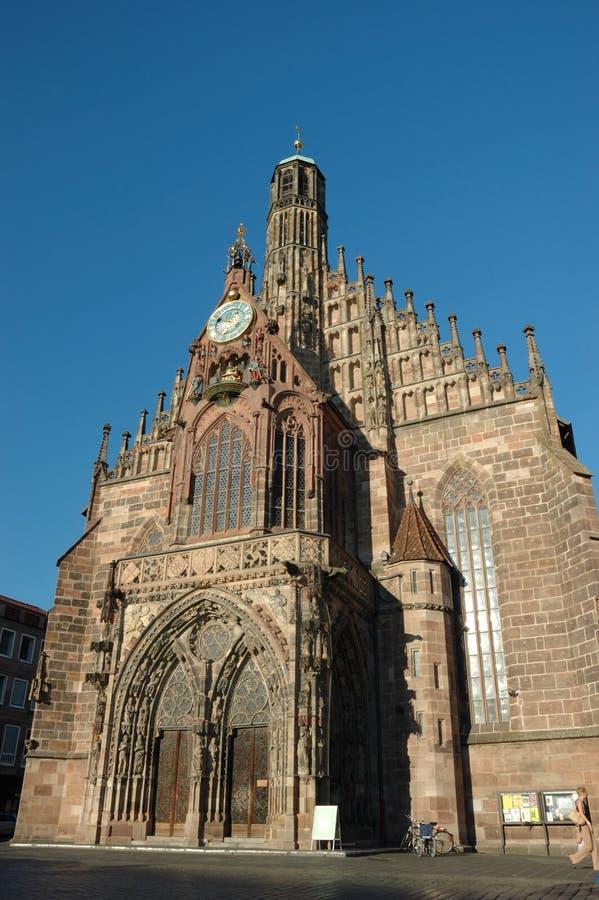 повелительница nuremberg frauenkirche церков наш стоковое фото rf