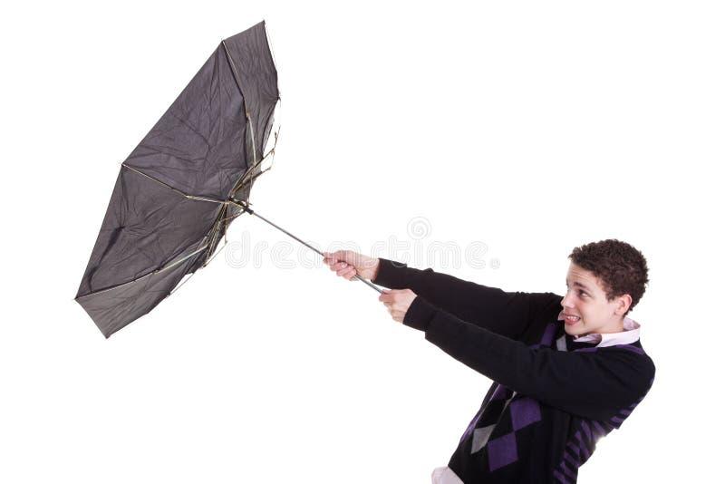 повернутый мальчиком ветер зонтика молодой стоковые фото