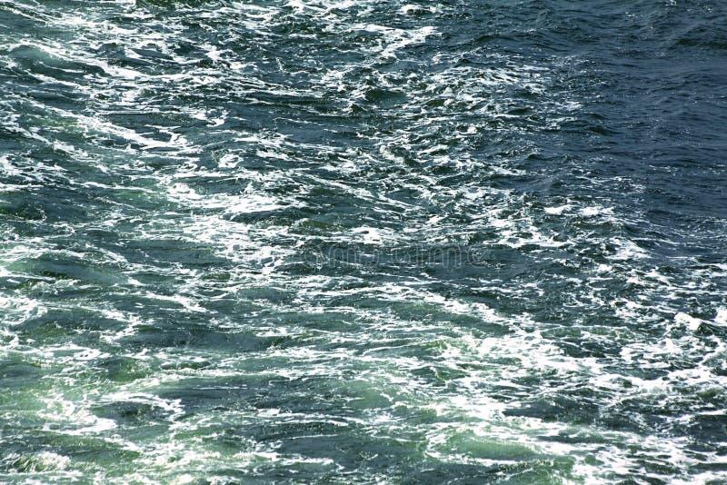 Поверхность моря с волнами стоковые изображения rf
