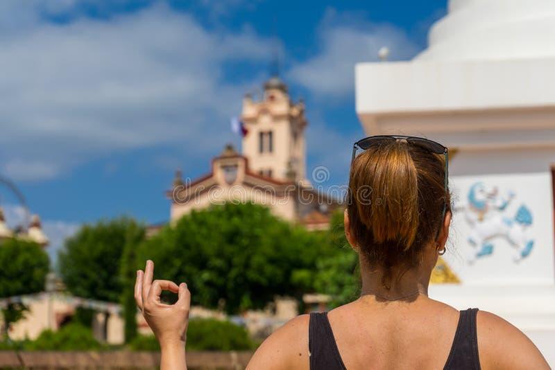 Повесть Палау, висок Будды в Garraf, Каталонии стоковая фотография