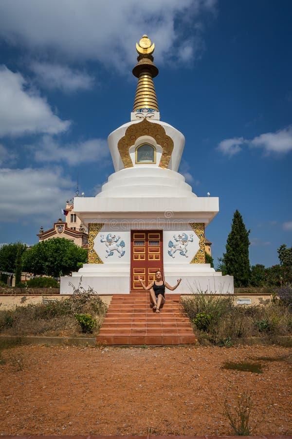 Повесть Палау, висок Будды в Garraf, Каталонии стоковые изображения rf