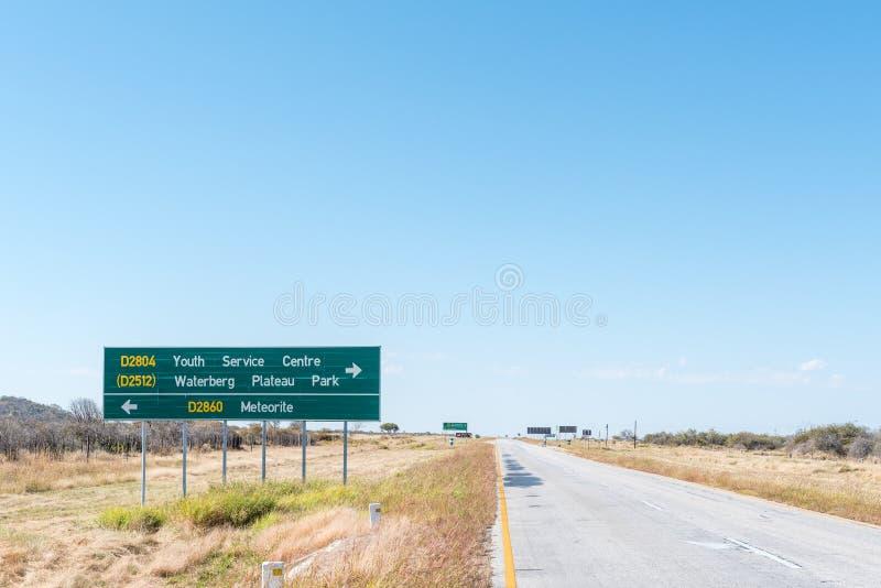 Поворот- от B8-road к метеориту Hoba стоковое изображение rf