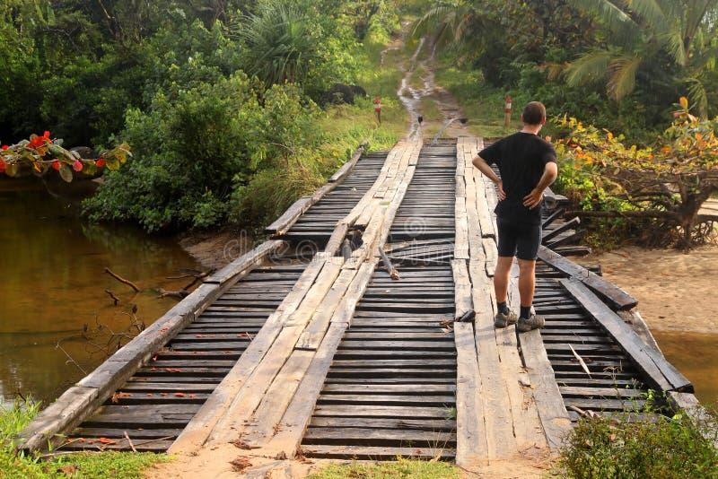 поврежденный мост стоковая фотография rf