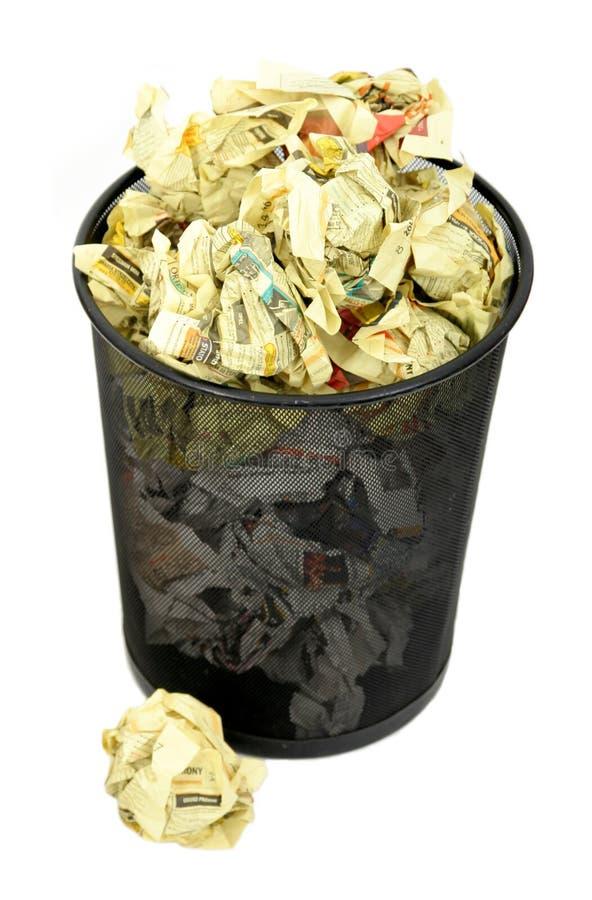 Download погань корзины стоковое фото. изображение насчитывающей бумаги - 483234