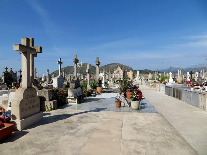 Погост на Alcudia Oldtown, Мальорке стоковые фотографии rf