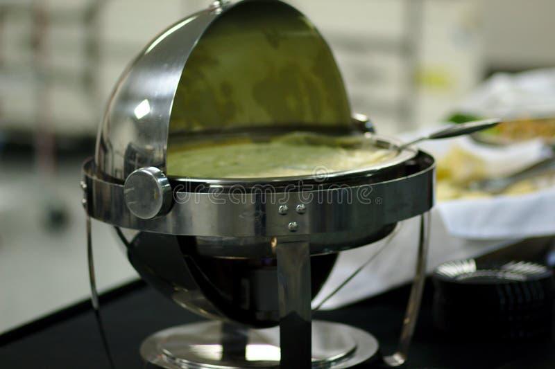 Погружение Queso в горячем лотке стоковое фото rf