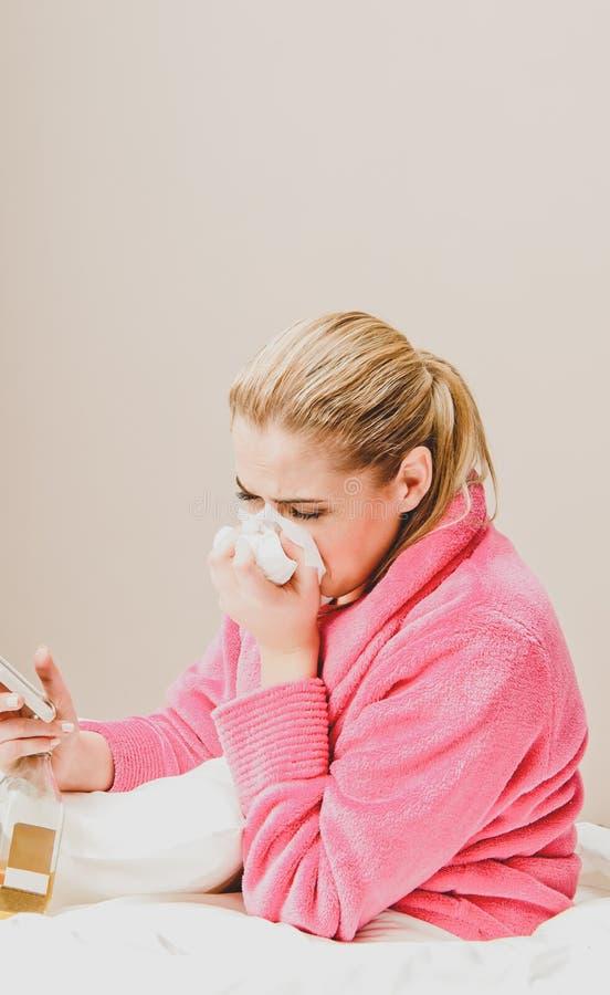 Подавленная плача женщина стоковое фото
