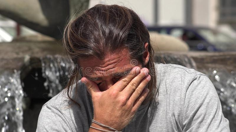 Подавленный мужчина стоковое фото rf