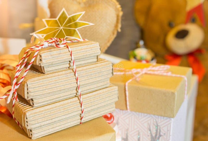 Подарки на рождество и игрушечный стоковые фото