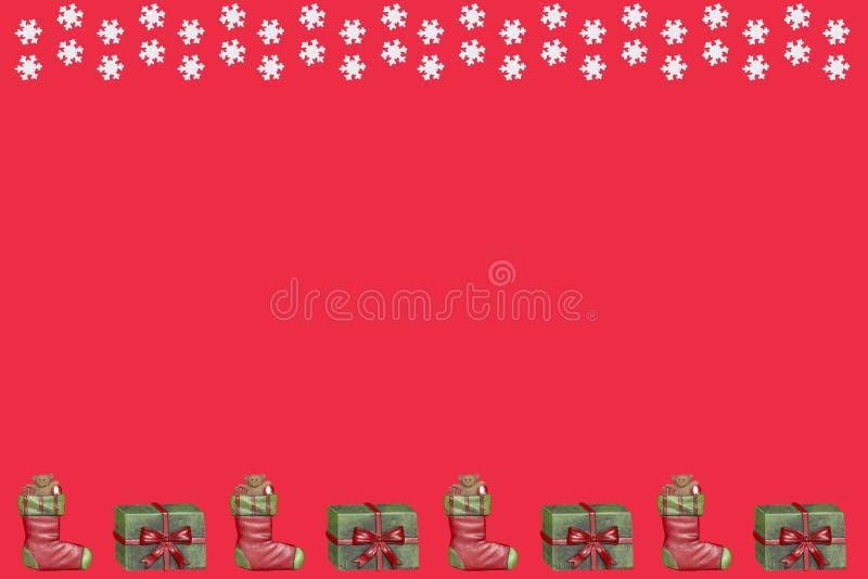 Подарки на рождество и снежинки бесплатная иллюстрация