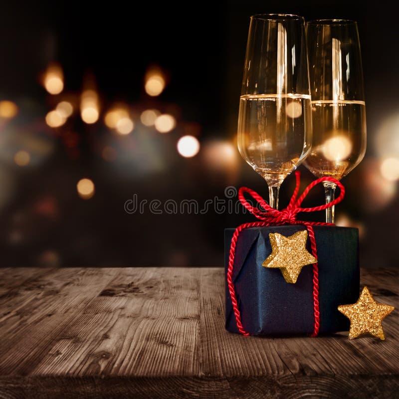 Подарок и Шампань рождества стоковое фото