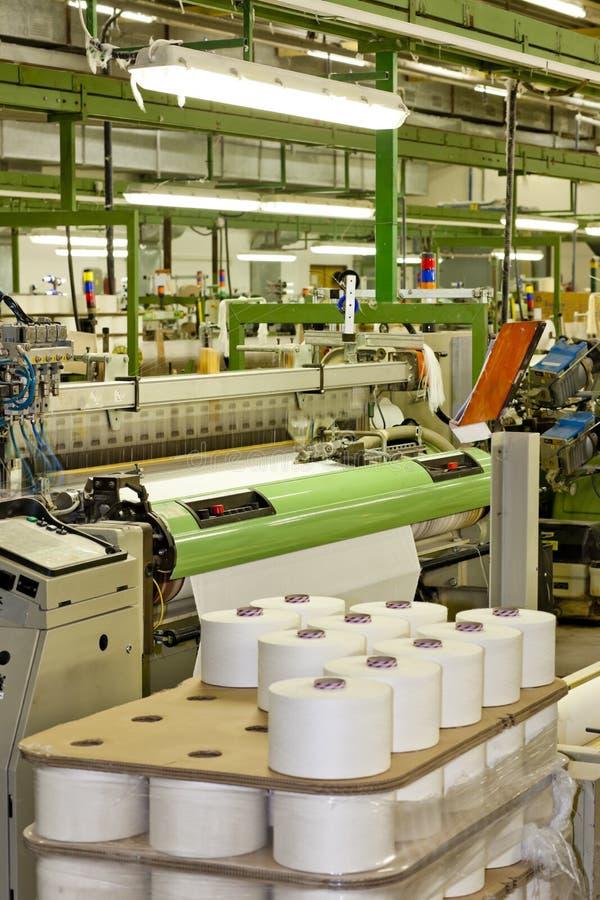 подвергает тканье механической обработке стоковое изображение rf