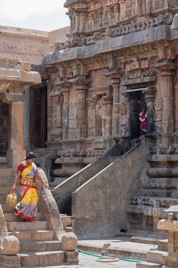 Подвижник причаливая индусской святыне стоковое фото