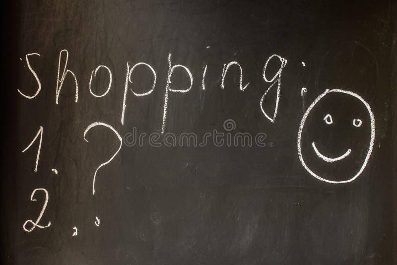 Подготавливающ для ходить по магазинам, список покупок, хорошее настроение стоковое изображение