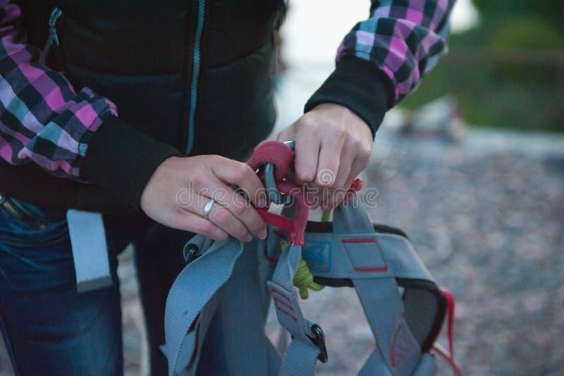 Подготавливающ поскакать от моста, страха скакать, оборудование для скакать стоковое фото rf
