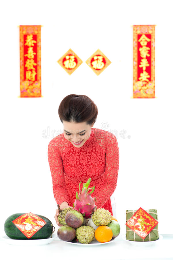 Подготовлять тарелки для Tet стоковые изображения rf