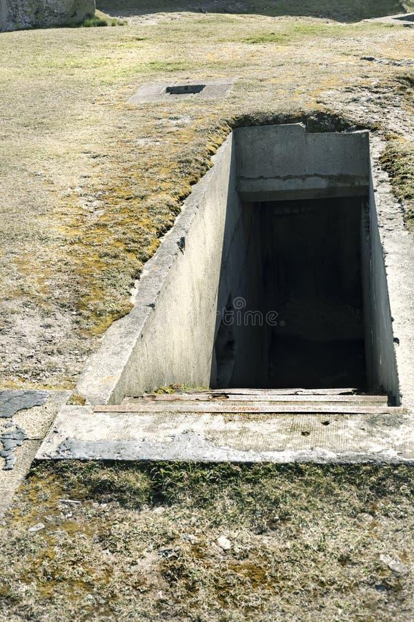 Подземный вход системы бункера в Франции стоковое изображение rf