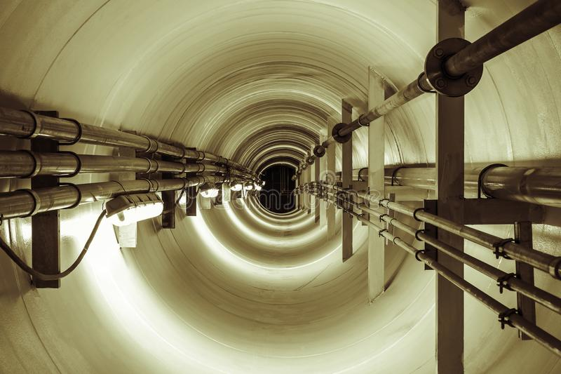 Подземный тоннель стоковое фото