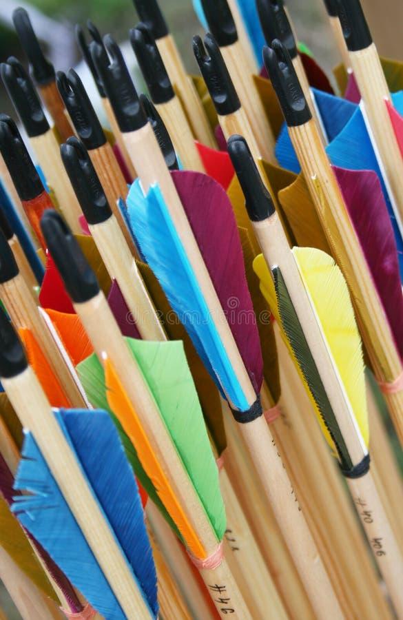 Подлинные средневековые деревянные стрелки стоковые фото
