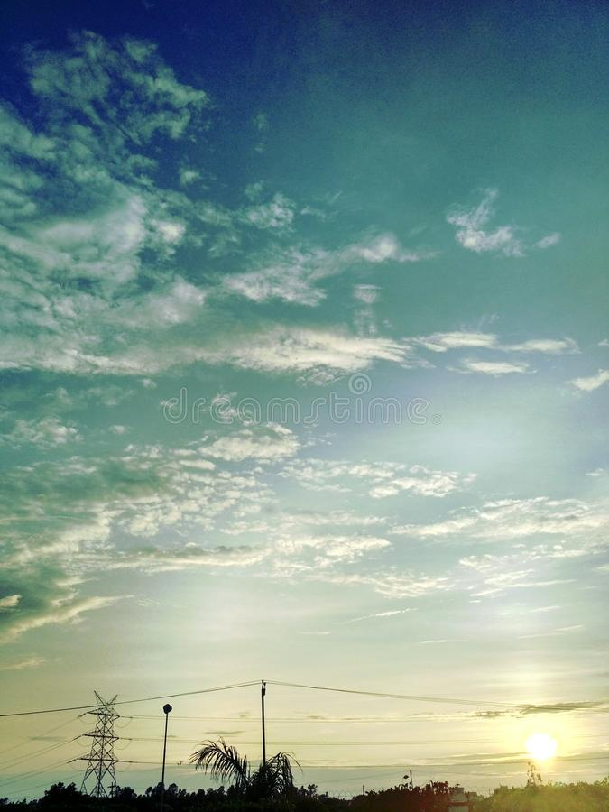Поднимая Sun стоковое изображение rf