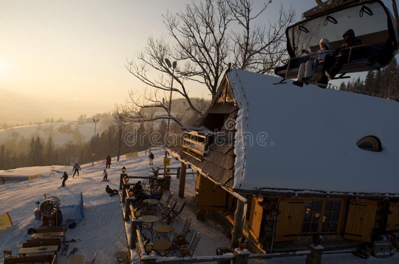 поднимите лыжу lodge стоковые изображения rf