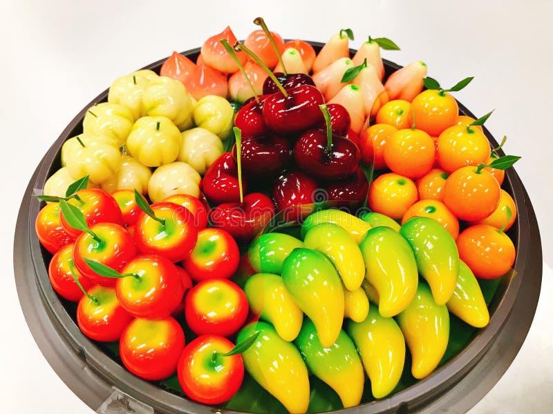 Поднос сформированного плодоовощ choup фасолей mung или взгляда Kanom стоковые изображения
